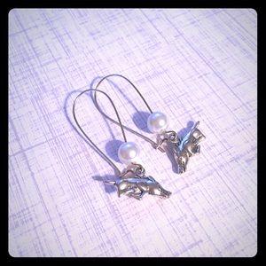 Pearl beaded Hog Earrings